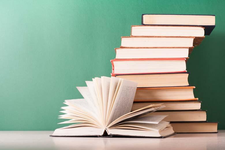 چگونه با خواندن کتاب به مدیری موفق تبدیل شویم؟ - کاماپرس