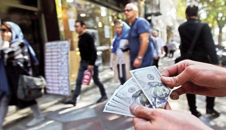 قیمت دلار در مرداد 1400